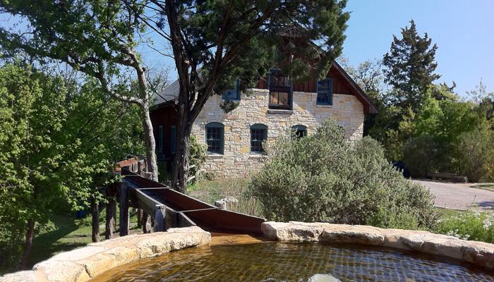 Homestead-Heritage-cistern